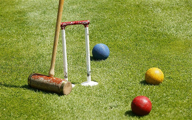 Croquet Game : Call us on 02 65686 132 TODAY!